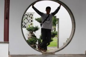 Entah kenapa suka dengan pintu model bulat seperti ini